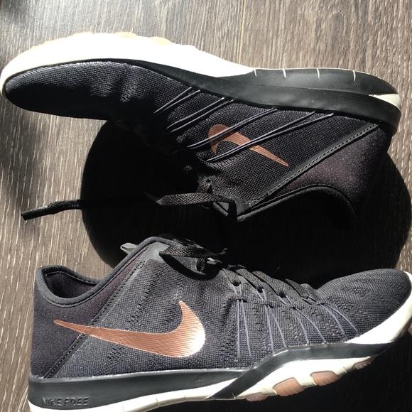Nike Free TR6 (Rose Gold & Black)